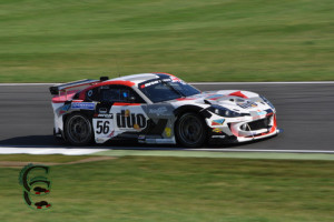 Q2 saw Luke Davenport challenge for pole against the Lotus copy