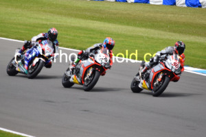 Race 1 battle with Alex Lowes chasing the Aprilias