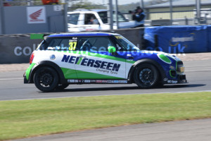 Race 1 saw 1st win for Rob Smith in F56s