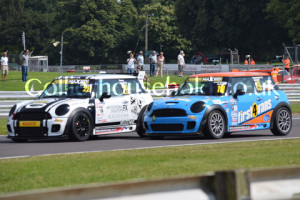 Race 1 tussle between Duprey & Davey was great on opening lap