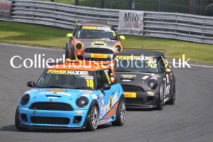 Race 2 fight for 3rd included Davey, James & Brandon